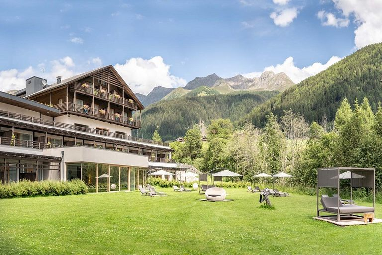 4 Stars La Casies Mountain Living Hotel 39030 St. Magdalena Gsies - Gsiesertal - Pustertal nel Tirolo del Sud