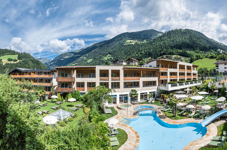 STROBLHOF active family spa resort 39015 St. Leonhard in Passeier bei Meran in Südtirol